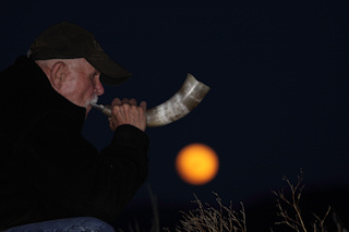Herb howling at the moon